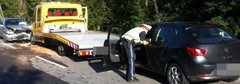 Auf Gegenfahrbahn geraten - Frontalcrash fordert Verletzte