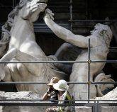 Restaurierung des Trevi-Brunnens lockt Touristen