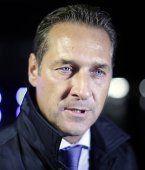 "FP-Chef Strache in Moskau - SPÖ ist ""massiv besorgt"""