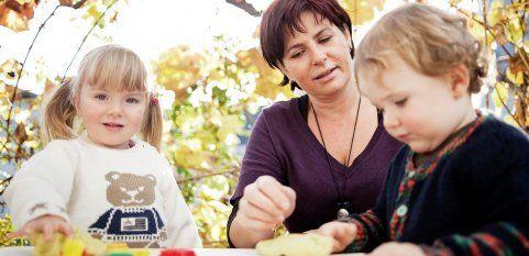Eltern vertrauen Tagesmutter Silke das Wertvollste an