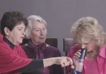 Video: Drei OmasrauchenCannabis
