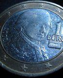 """""""Leider"""": Österreicher sehen Zukunft für Euro"""