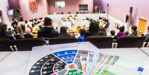 Landesbudget 2015 beschlossen - Opposition fehlen 'grüne Punkte'