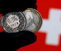 Teure Frankenkredite: Erste Klage gegen Bank