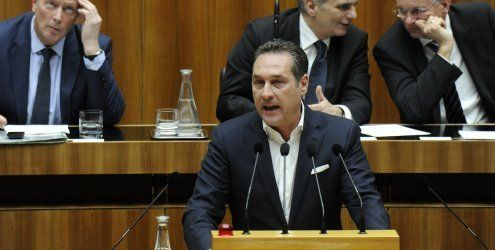 """FPÖ-Dringliche zu """"Asylchaos"""" - Regierung will """"Basisversorgung"""""""