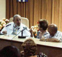 Fidel Castro diskutiert vier Stunden - über Käseherstellung