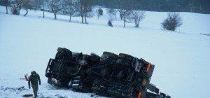 Bundesheer-Lkw kippte über Hang – drei Verletzte