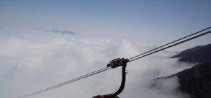 Doppelmayr eröffnet längste Dreiseilbahn der Welt