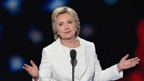 Clinton nimmt Nominierung als Präsidentschaftskandidatin an