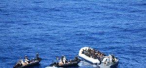 Anzeigetafel für im Mittelmeer ertrunkene Flüchtlinge
