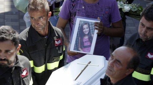 Italien: Feuerwehrmann schreibt rührenden Brief an totes Mädchen
