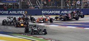 Rosberg siegte in Singapur und übernahm WM-Führung