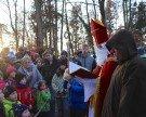 Kinderansturm beim Nikolausbesuch im Wildpark