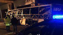 16 Tote nach Unglück in Italien - Bus brannte aus