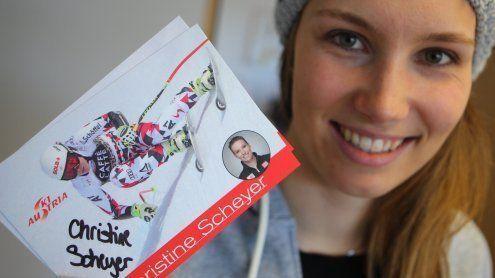 Mit VOL.AT 7 Autogrammkarten von Christine Scheyer gewinnen