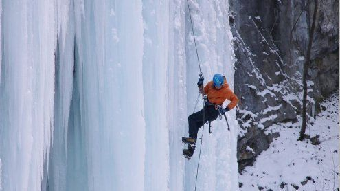 Rankweil: Eisklettern am Roten Tor ist ein Mega-Spektakel