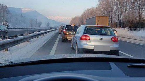 A14: Unfall mit zwei Fahrzeugen zwischen Bludesch und Frastanz
