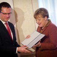 Merkel für Standhaftigkeit in der Flüchtlingspolitik geehrt