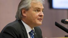 Landtagspräsident begrüßt Reformentwurf