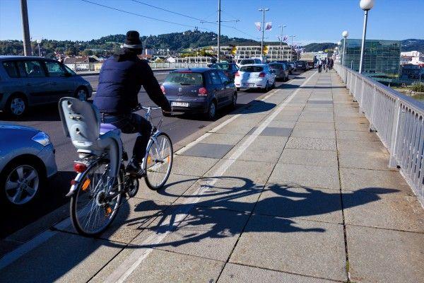 Vorarlberg: Betrunkener Mann mit Fahrrad gestürzt – Anzeige folgt