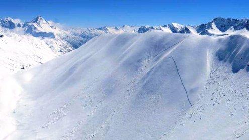 Nach Lawine: Skitourengeher befreit verschütteten Freund!