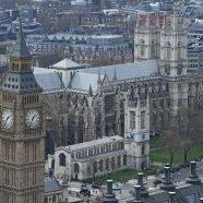 Arbeitslosigkeit in Großbritannien auf tiefstem Stand seit 1975