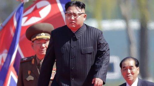 """Kim Jong-Un droht den USA mit """"größeren Geschenkpaketen"""""""