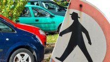 Wütender Fußgänger trat zwei Mal aufs Auto ein