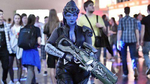 Von Monstern und Spielefreaks: Gamescom öffnet für die Massen